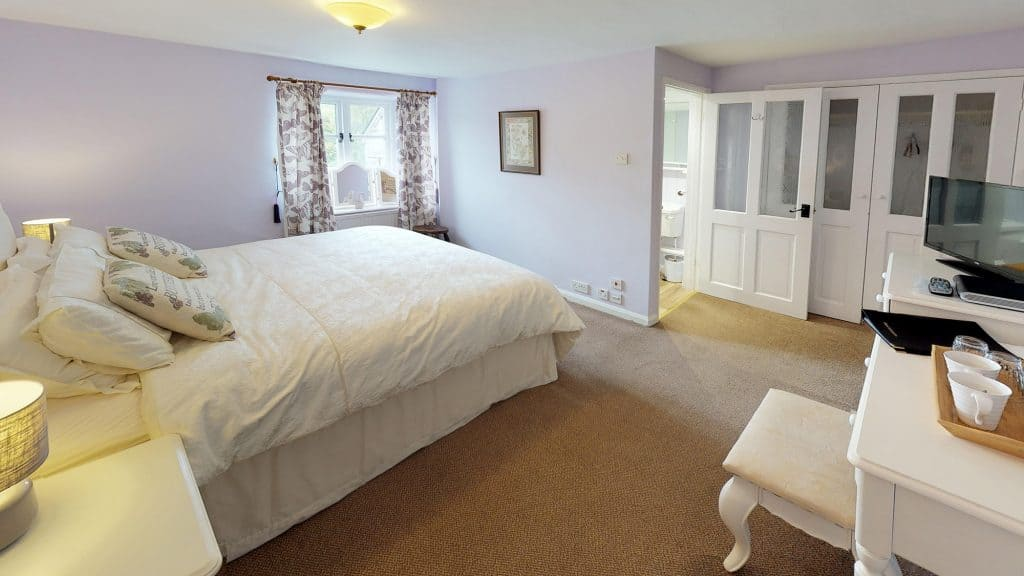 Light and spacious Exmoor accommodation