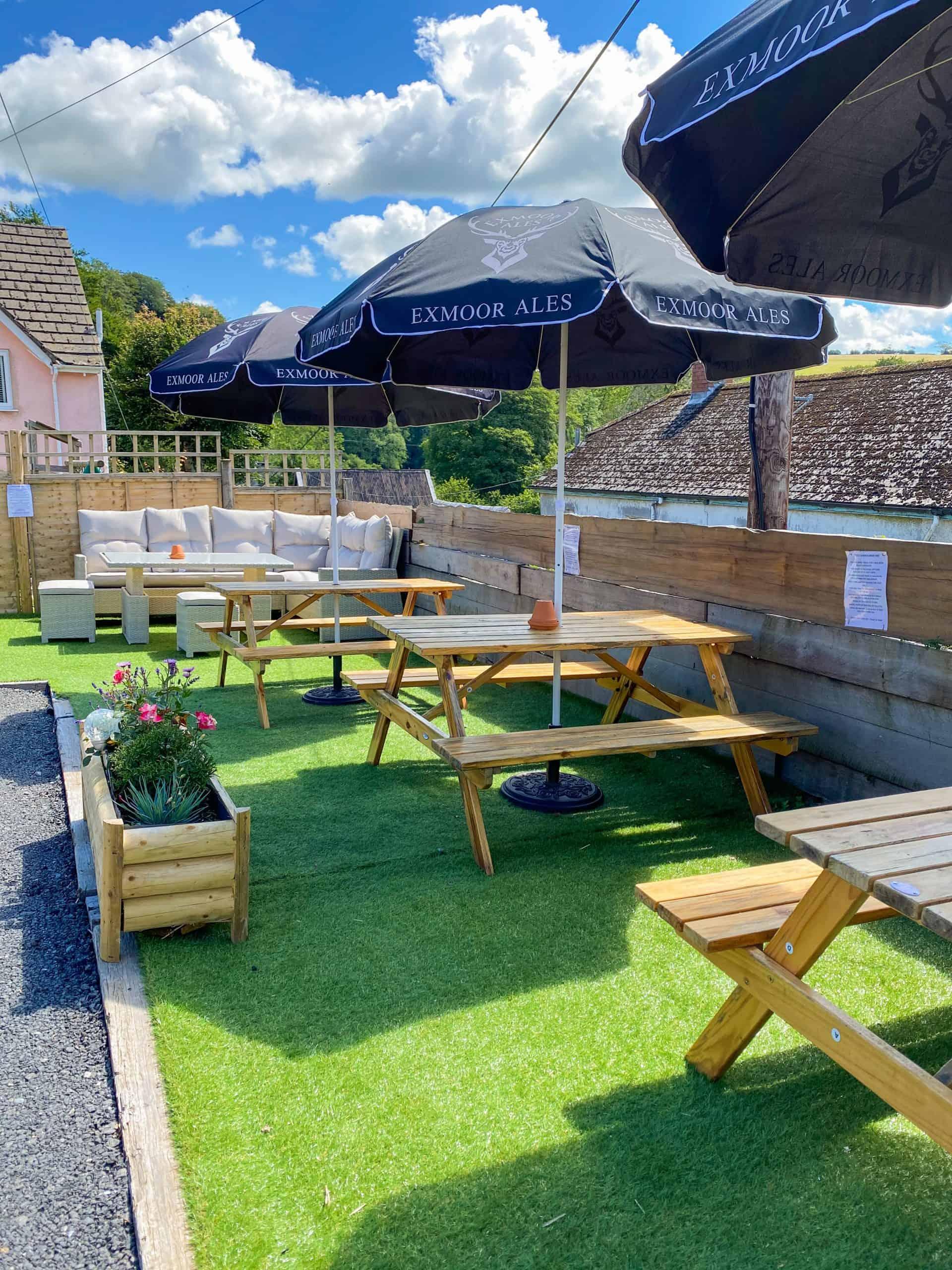 Outdoor bar and seating Exmoor pub
